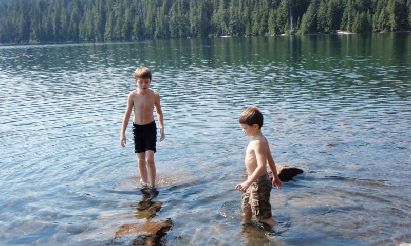 Hood River Kids